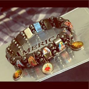💥😇Christian Stretch Bracelet 😇💥 🔥NWOT🔥